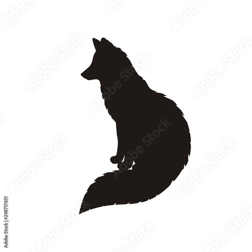Photo Silhouette of a sit fox