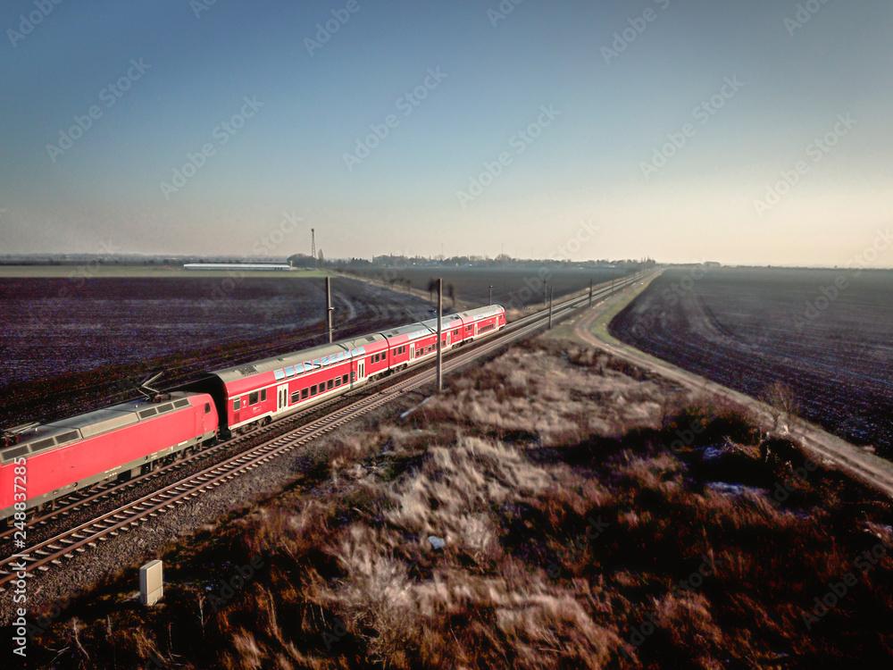 Fototapety, obrazy:      Schienen, Infrastruktur und Gleisanlagen