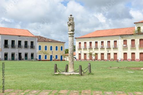 Photo The flogging pole in the historic city of Alcantara, Brazil