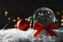 Christmas Glass Globe With Art...