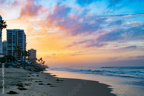 Spoed Foto op Canvas Lavendel Pink and Yellow Sunrise in Coronado, CA