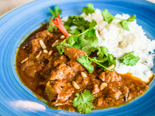 Massaman Curry With Chicken And Rice, Thai Dish, Thai Food, Chicken Massaman Curry With Steamed Rice.