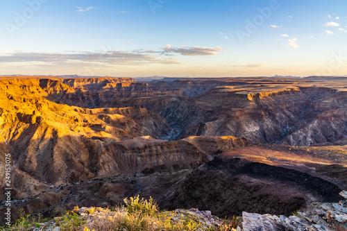 Valokuvatapetti fishriver canyon in namibia national park sunset