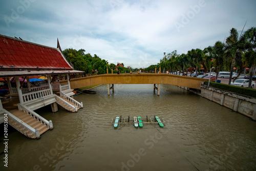 Fotografia  Wat Yai Chai Mongkhon Temple in Ayutthaya, Thailand