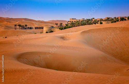 Poster de jardin Desert de sable Beautiful sand dunes in the desert, Abu Dhabi, United Arab Emirates.