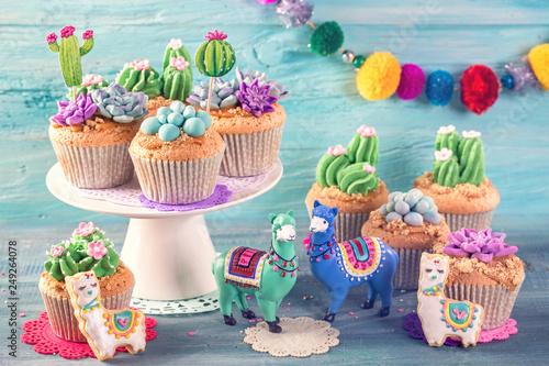 Foto op Aluminium Lama Cactus and llama sweets