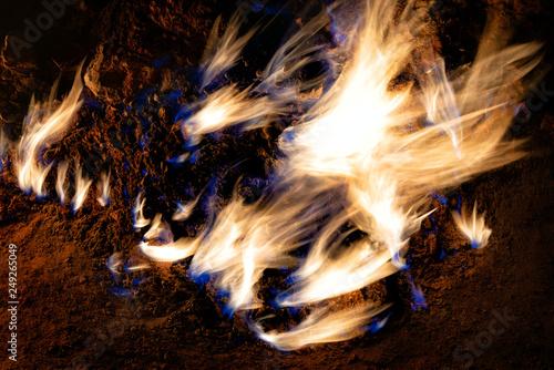 Fotomural Yanar Dag Flames in Baku, Azerbaijan, taken in January 2019