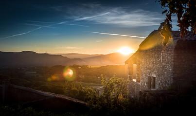 Zachód słońca nad Prowansją - na południu Francji