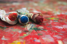 Red And Blue Oil Painting Tube...
