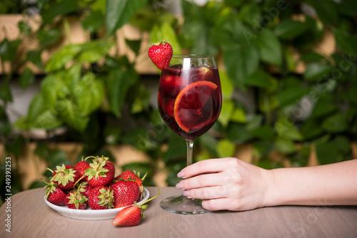 Fototapeta Strawberry mojito and ingredients on rustic background obraz na płótnie