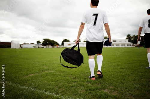 Obraz Football player ready for practice - fototapety do salonu