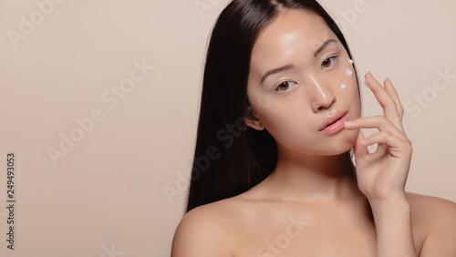 Fotografía  Simple beauty regime