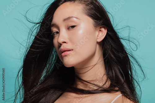 Obraz Beautiful woman with perfect clean skin - fototapety do salonu