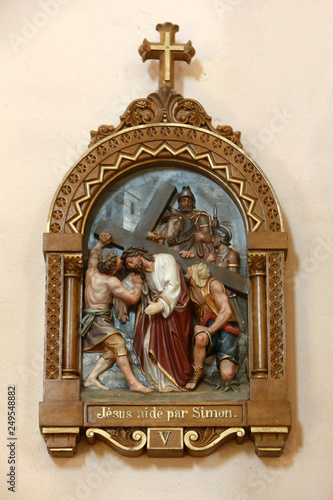 Fotografie, Obraz Simon de Cyrêne aide Jésus-Christ à porter sa croix