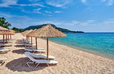 Piękna plaża w Toroni, Grecja
