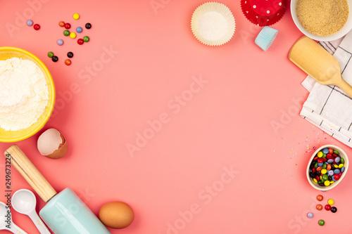 Pinturas sobre lienzo  Baking or cooking ingredients on pink background, flat lay
