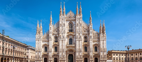 Photo Milan Cathedral or Duomo di Milano, Italy