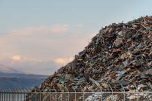 スクラップの山 / エコロジーイメージ