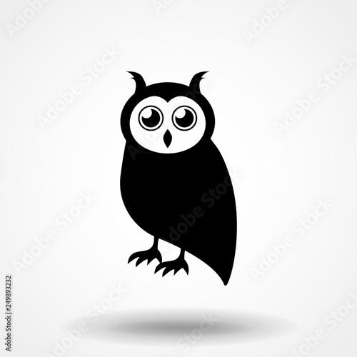Photo Stands Owls cartoon Vector of an owl design on white background, Bird. Animal. Wildlife. Easy editable layered vector illustration.