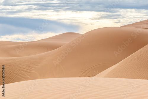 Fotografia  The undulating Imperial sand dunes in California