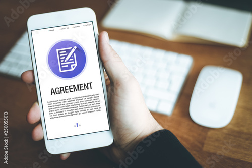 Fototapety, obrazy: AGREEMENT CONCEPT ON SCREEN