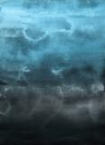 Kolorowy zima niebieski atrament i akwarela tekstury na tle białej księgi. Wycieki farby i efekty ombre. Ręcznie malowane abstrakcyjny obraz. Głębokie morze. - 250063441