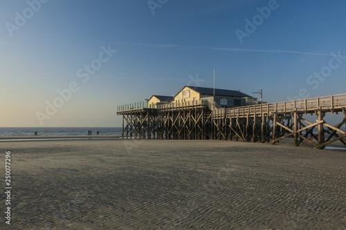 Valokuva  Stilts house in Sankt Peter Ording