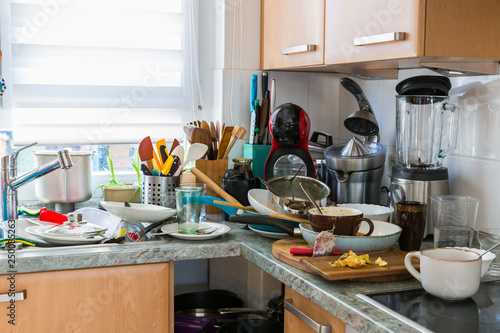 Slika na platnu Compulsive Hoarding Syndrom - messy kitchen