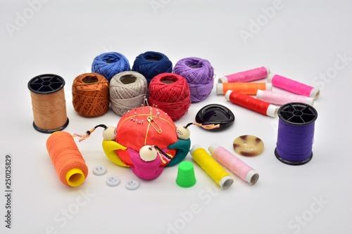 Photo materiales empleados para la costura
