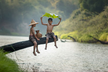 Children Poverty Living In Countryside Vietnam Are Fishing At The River,Rural Concept Of Asia