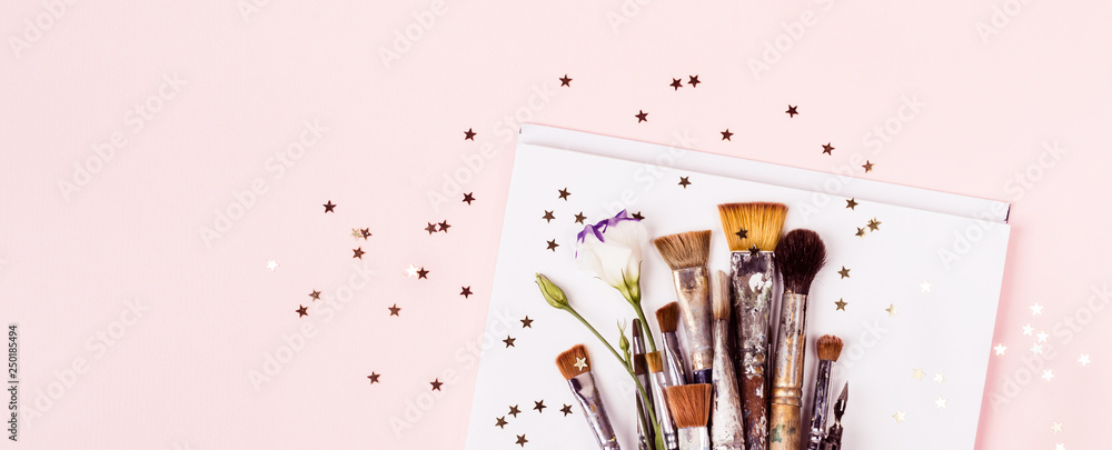Fototapety, obrazy: Art Brush Set, drawing album and gold stars. Banner format