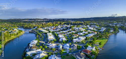 Fényképezés  Aerial panorama of Reedy creek and luxury houses