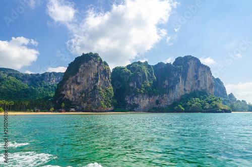 Fotografie, Obraz  paesaggio dall'acqua costa bella tailandia