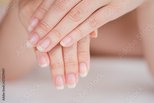 Canvas Print Close-Up fingernail of women, Concept of health care of the fingernail