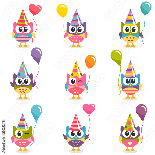 Poster Creatures Set of colorful cartoon owls with balloons