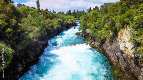Cadres-photo bureau Rivière de la forêt Huka Falls in Taupo, New-Zealand