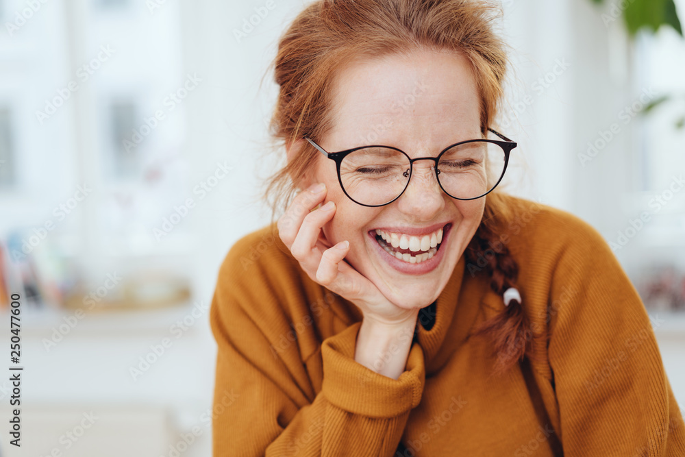 Fototapety, obrazy: Pretty red-haired girl laughing portrait