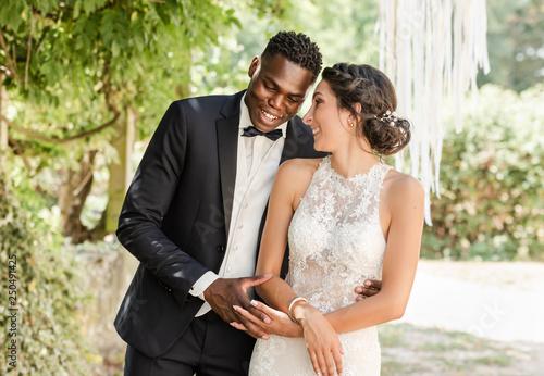 Fotografering couple de jeune marié, mixte