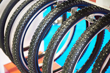 Bicycle Snow Tire With Metal S...
