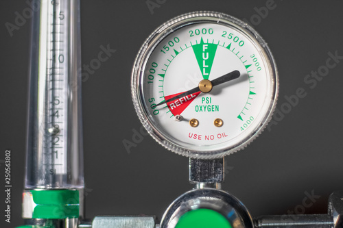 Canvas Print Close-up of medical oxygen flow meter  shows low oxygen or an nearly empty tank