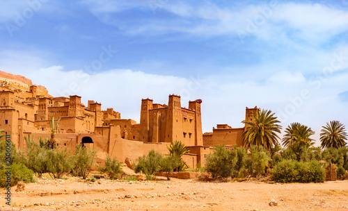 Foto auf Leinwand Marokko Amazing view of Kasbah Ait Ben Haddou near Ouarzazate in the Atlas Mountains of Morocco. UNESCO World Heritage Site