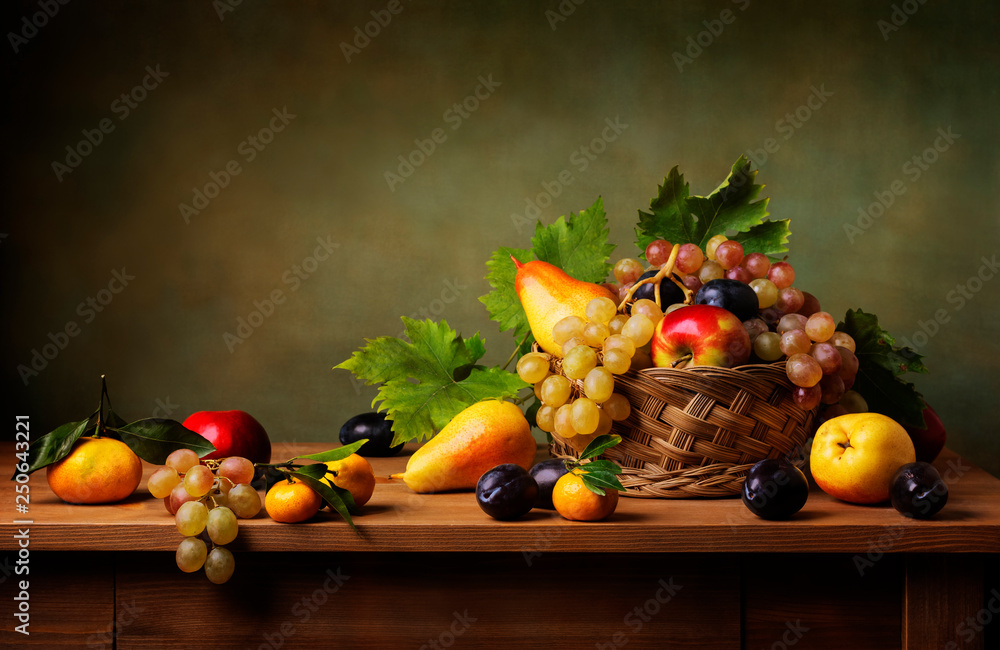 Obraz Still life with apple, grapes, pears and plums fototapeta, plakat
