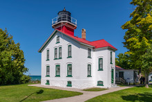 Grand Traverse Lighthouse Buil...