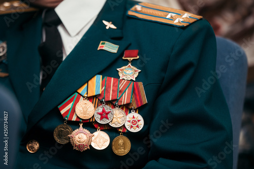 Fotografia USSR and Russia veteran soldier medals of war in Afghanistan and WWII
