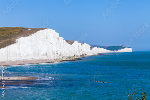 Photo White cliffs of Dover background image