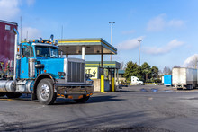 Day Cab Vintage Big Rig Blue S...