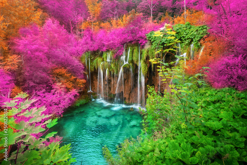 Spoed Foto op Canvas Lente Waterfall landscape of Plitvice Lakes Croatia.