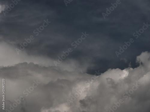 Türaufkleber Darknightsky big clouds zoom