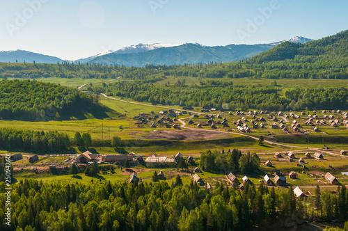 Spoed Foto op Canvas Wijngaard village in the mountains