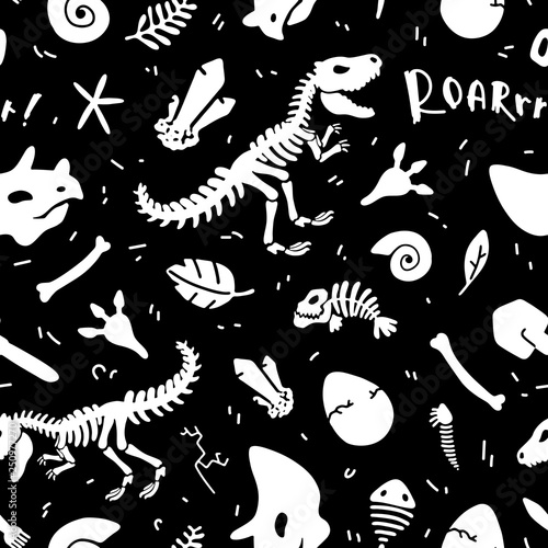 Türaufkleber Künstlich Dinosaur skeleton and fossils. Vector seamless pattern. Original design with t-rex, dinosaur bones, stones, traces, plants and eggs. Print for T-shirts, textiles, web. Black background.